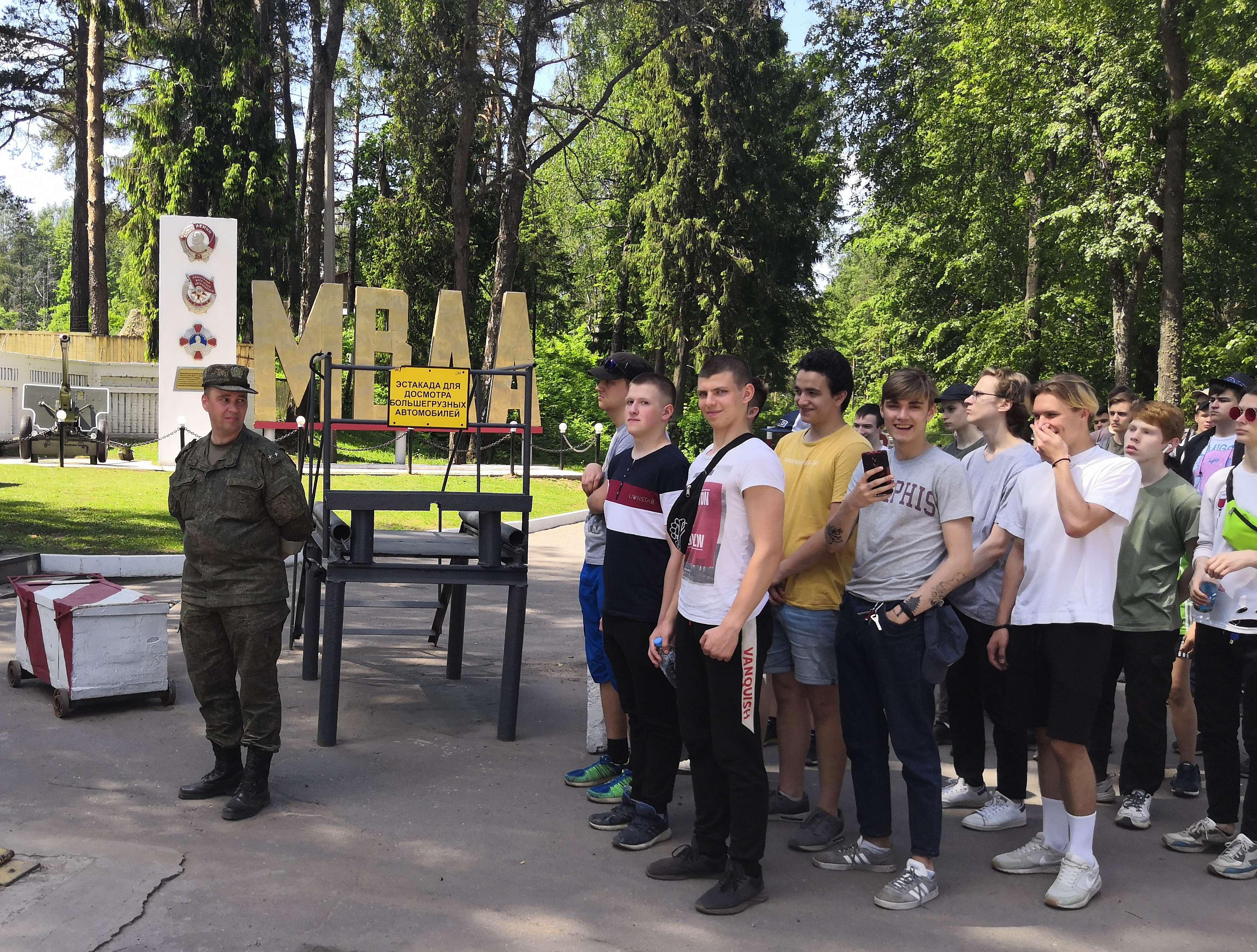 Сборы на полигоне Михайловской артиллерийской академии